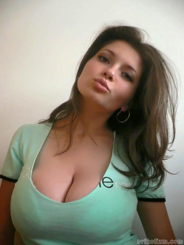 Иди ко мне женщины голые двое секретаршу русское