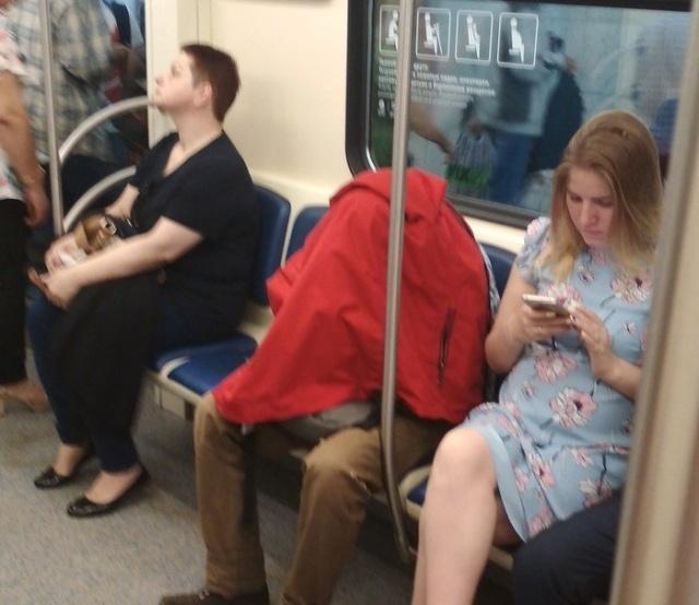 Непростая жизнь интровертов и социофобов (14 фото)