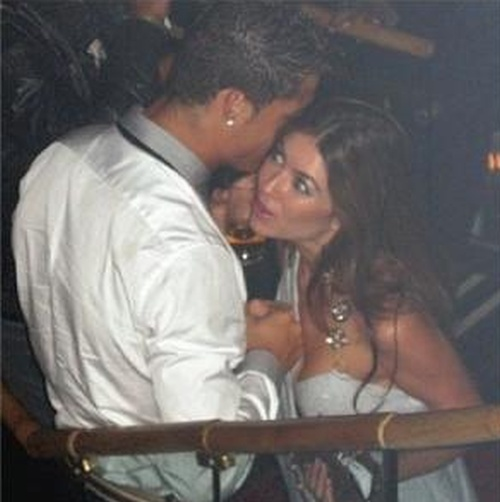 Криштиану Роналду заплатил Кэтрин Майорги 375 тысяч долларов за молчание (2 фото)