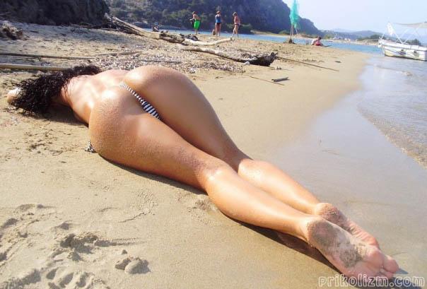 Крупным планом красивые голые девушки на природе оргазмов