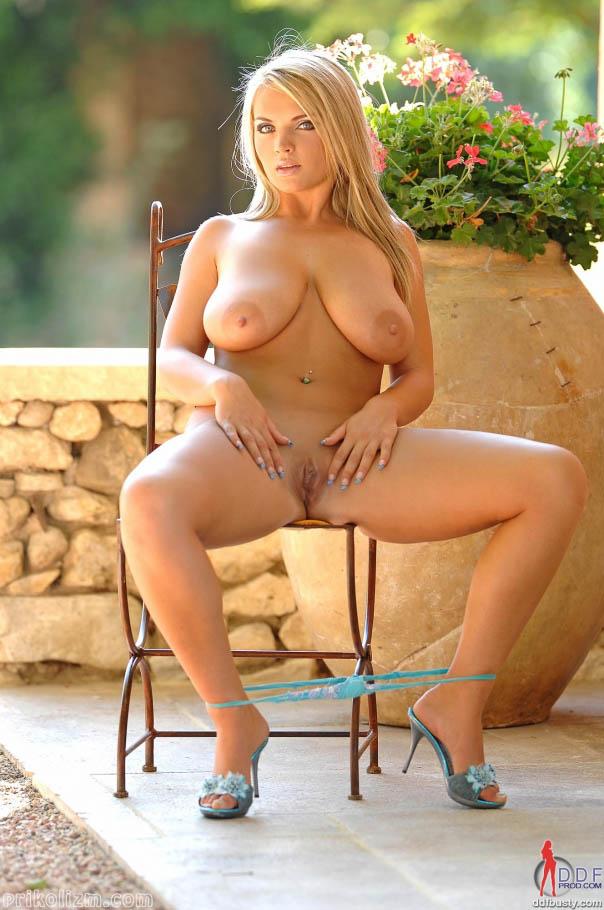Эротическое фото голых баб, современное порно в стиле ретро