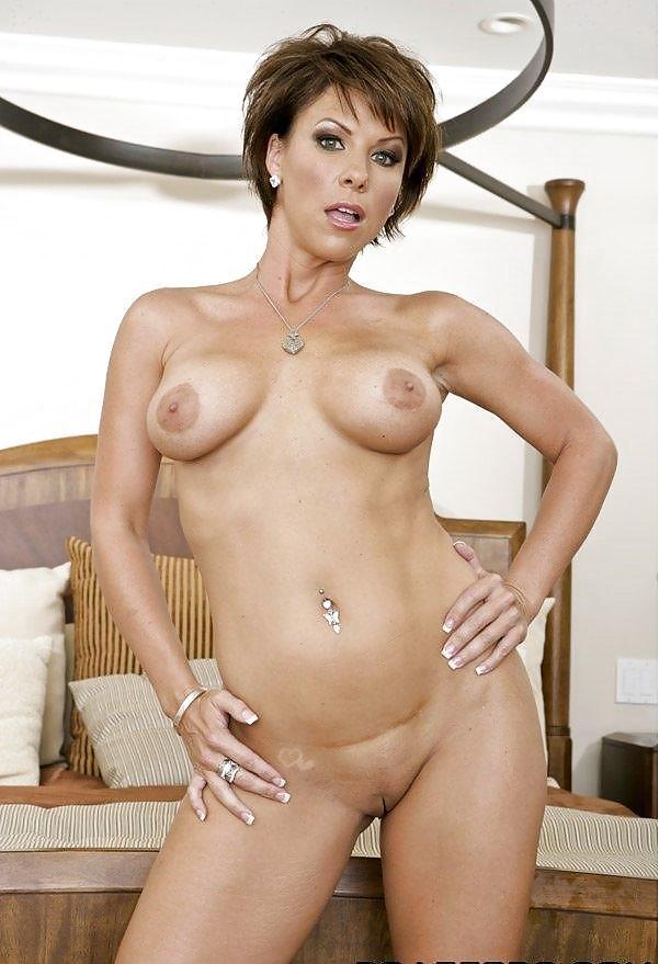 40-летняя красавица и хорошей фигурой