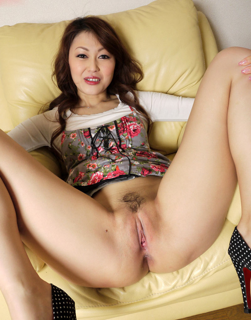 chinese-artis-pussy-photo