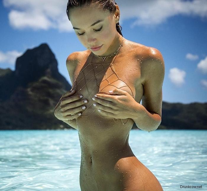 12 летних фото сексуальных девушек на пляже