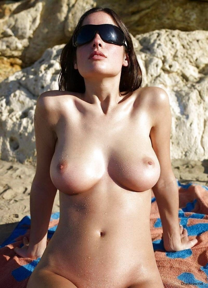 Красивые девушки топлесс фото