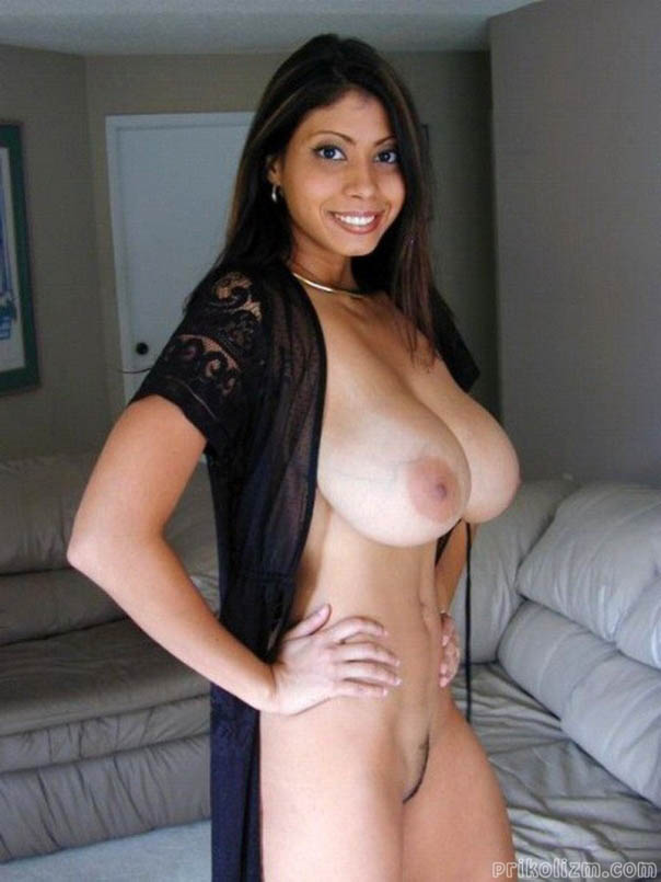 girls-latinas-topeka-ks-naked-young-maid