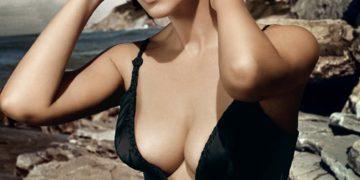 Роскошные декольте красивейших итальянских актрис (7фото)