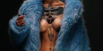 Фото соблазнительных девушек с татуировками (25 фото)