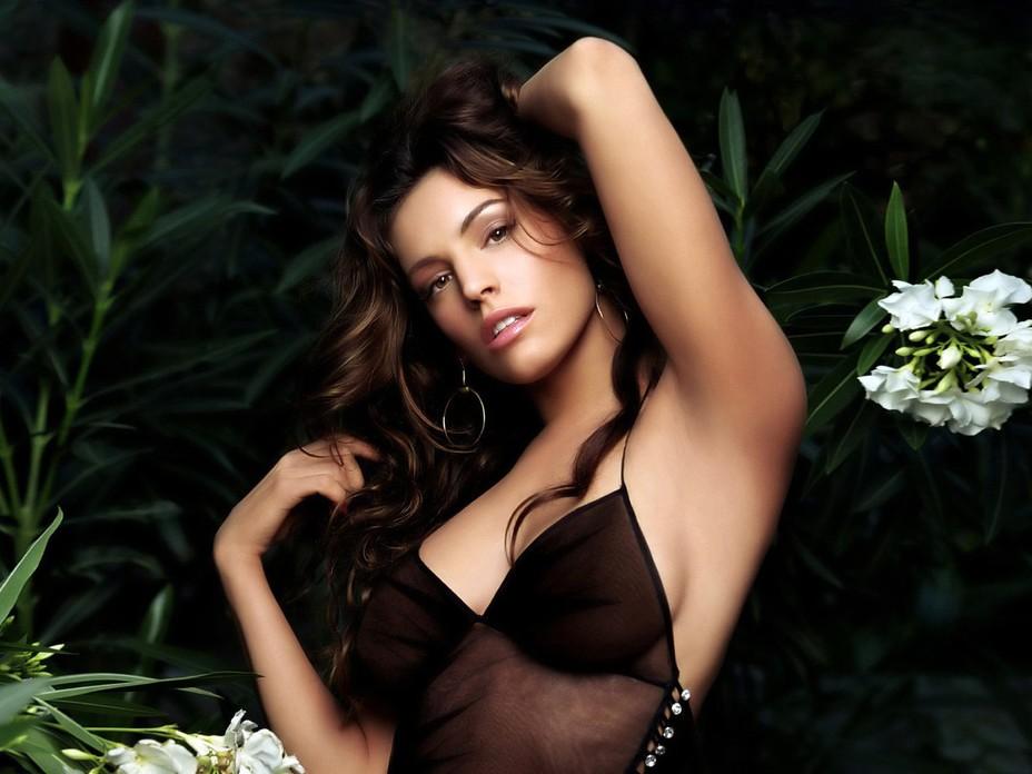 Легендарная модель Келли Брук