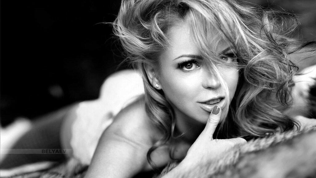 Пленительной соблазнение женской красоты