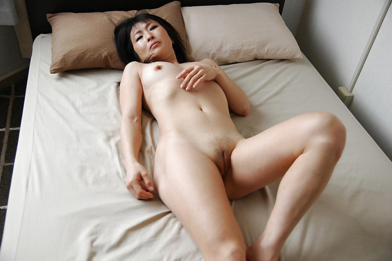 Pretty asian sexy horny milf naked, blonde cock sucking girls
